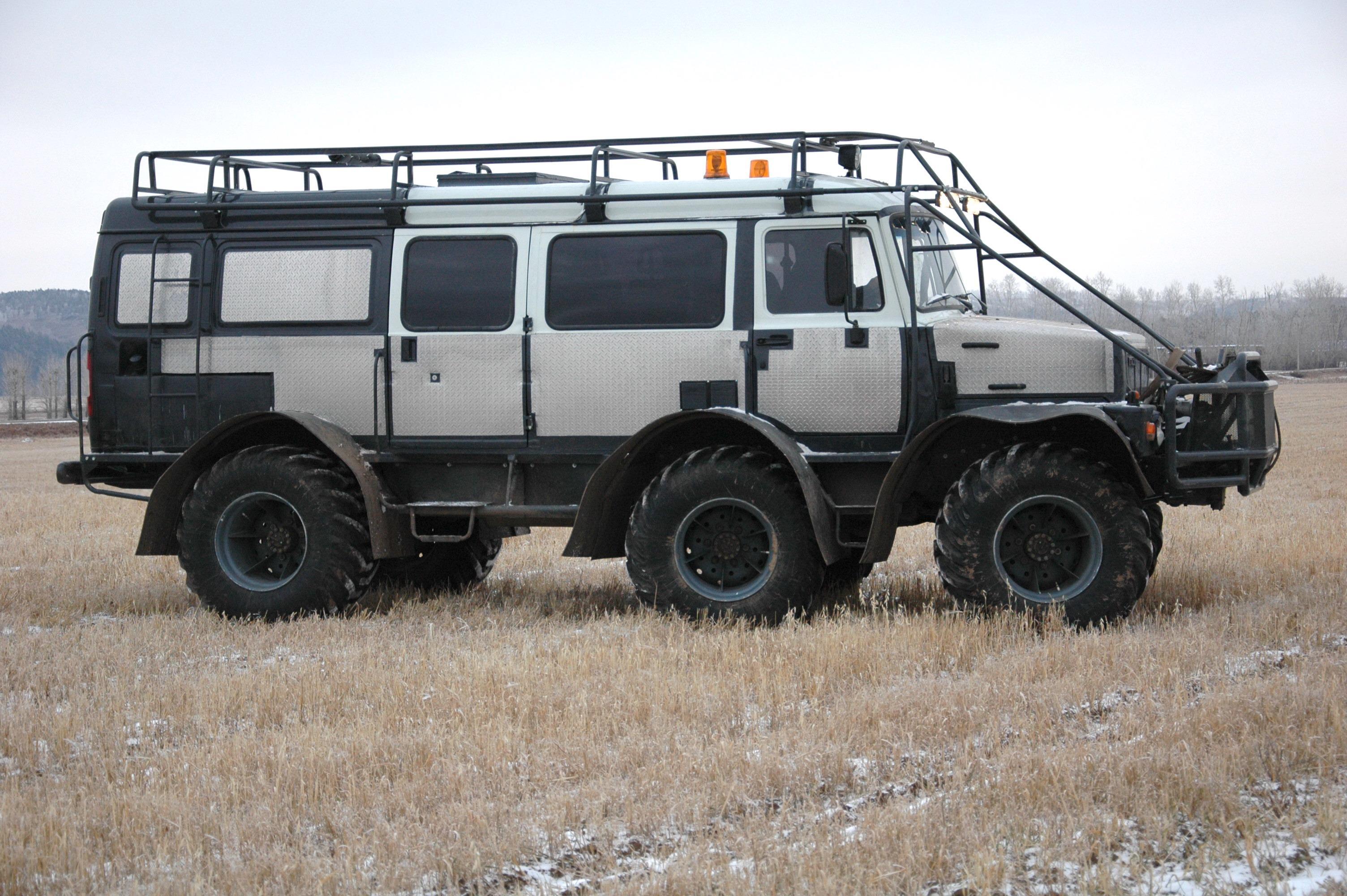 Объединенный форум внедорожников 4x4 * Просмотр темы - Дену - 4WD автобус